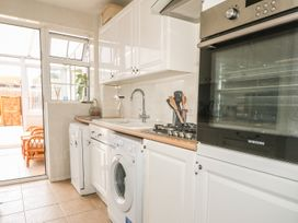 17 Coventry Close - Kent & Sussex - 989792 - thumbnail photo 8