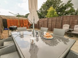 17 Coventry Close - Kent & Sussex - 989792 - thumbnail photo 22
