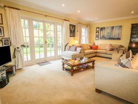 Lebrel Lodge - Isle of Wight & Hampshire - 989797 - thumbnail photo 8