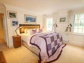 Lebrel Lodge - Isle of Wight & Hampshire - 989797 - thumbnail photo 13