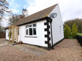 Hall Farm Cottage - Lincolnshire - 989856 - thumbnail photo 2