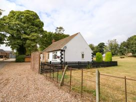 Hall Farm Cottage - Lincolnshire - 989856 - thumbnail photo 27