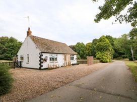 Hall Farm Cottage - Lincolnshire - 989856 - thumbnail photo 28