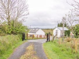 Mc's Cottage - County Sligo - 989958 - thumbnail photo 12