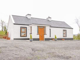 Mc's Cottage - County Sligo - 989958 - thumbnail photo 1