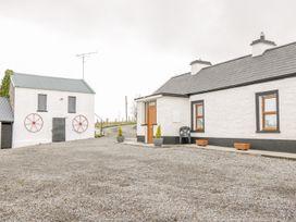 Mc's Cottage - County Sligo - 989958 - thumbnail photo 2