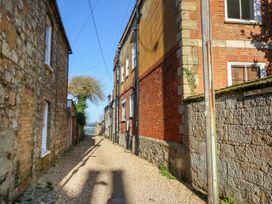 Tovah - Isle of Wight & Hampshire - 989971 - thumbnail photo 26