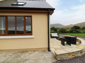 Caha Cottage - Kinsale & County Cork - 990047 - thumbnail photo 34