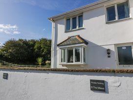 8 Harlyn Mews - Cornwall - 990087 - thumbnail photo 1