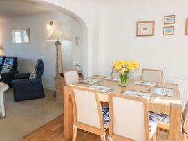 8 Harlyn Mews - Cornwall - 990087 - thumbnail photo 6