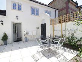 Wilton Cottage - Somerset & Wiltshire - 990331 - thumbnail photo 1