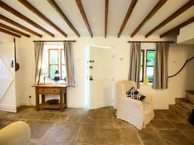 The Cottage - Cotswolds - 990342 - thumbnail photo 14