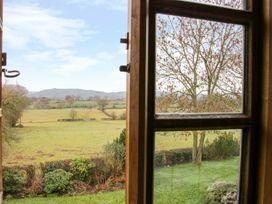 Holmwood - Mid Wales - 990749 - thumbnail photo 24
