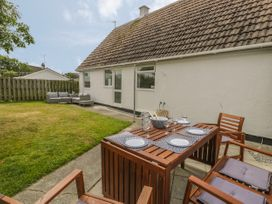 Ty Taid - Anglesey - 990815 - thumbnail photo 32