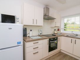 Beech Tree Cottage - South Wales - 990919 - thumbnail photo 12
