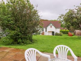 Beech Tree Cottage - South Wales - 990919 - thumbnail photo 22