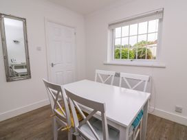 Beech Tree Cottage - South Wales - 990919 - thumbnail photo 11