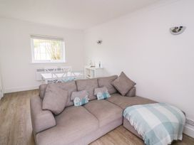 Beech Tree Cottage - South Wales - 990919 - thumbnail photo 7