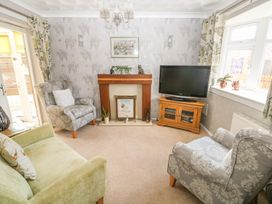 Bumble Bee Cottage - Lincolnshire - 990946 - thumbnail photo 5