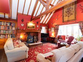 2 bedroom Cottage for rent in Denbigh