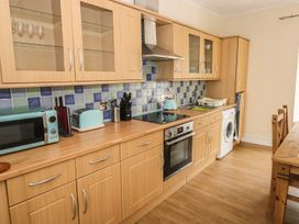 4 Cambrian Terrace - South Wales - 991120 - thumbnail photo 5