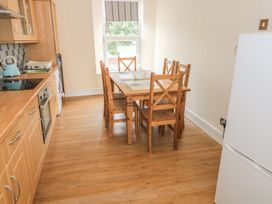 4 Cambrian Terrace - South Wales - 991120 - thumbnail photo 6