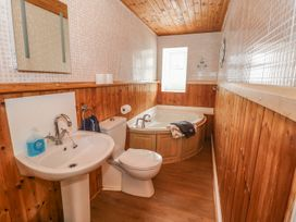 4 Cambrian Terrace - South Wales - 991120 - thumbnail photo 11