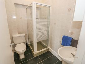 4 Cambrian Terrace - South Wales - 991120 - thumbnail photo 12