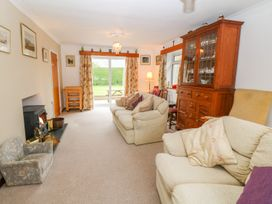 Peredur - North Wales - 991383 - thumbnail photo 5