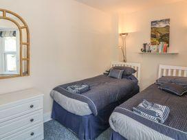 Sea View apartment - North Wales - 991797 - thumbnail photo 11