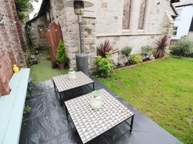 St Saviours Church - Cornwall - 991858 - thumbnail photo 36