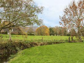 Old Hall Barn 4 - Shropshire - 992269 - thumbnail photo 25