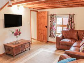 Old Hall Barn 4 - Shropshire - 992269 - thumbnail photo 8