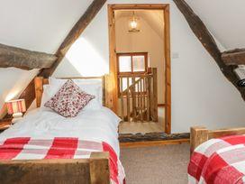 Old Hall Barn 4 - Shropshire - 992269 - thumbnail photo 24