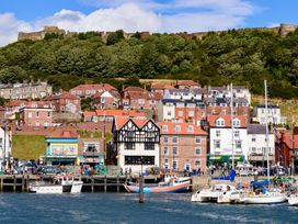 North Bay Guest House - Whitby & North Yorkshire - 992401 - thumbnail photo 38