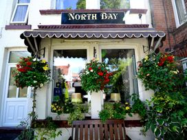 North Bay Guest House - Whitby & North Yorkshire - 992401 - thumbnail photo 1