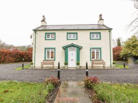 4 bedroom Cottage for rent in New Abbey
