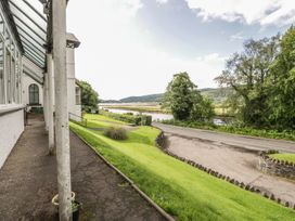 2 Kilmun Court - Scottish Highlands - 992698 - thumbnail photo 11