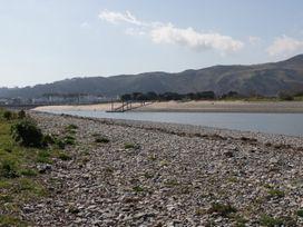 11 Deganwy Beach - North Wales - 992799 - thumbnail photo 16
