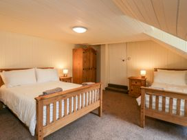Clutha Cottage - Scottish Highlands - 992859 - thumbnail photo 18