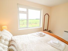 Fern Cottage - Kinsale & County Cork - 992992 - thumbnail photo 18