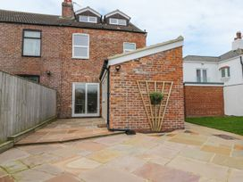 204 Sea View House - North Yorkshire (incl. Whitby) - 993008 - thumbnail photo 17