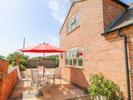 Grooms Cottage - Lincolnshire - 993253 - thumbnail photo 25