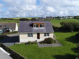 3 bedroom Cottage for rent in Newgale