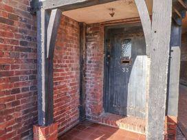 De La Warr View - Kent & Sussex - 993401 - thumbnail photo 2