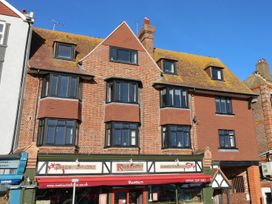 3 bedroom Cottage for rent in Bexhill-on-Sea