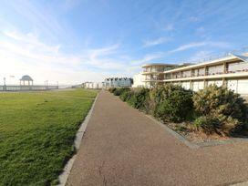 De La Warr View - Kent & Sussex - 993401 - thumbnail photo 29