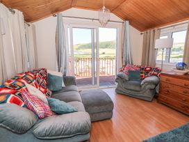 No 7 - Mid Wales - 993437 - thumbnail photo 3