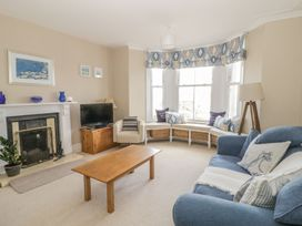 1st Floor Flat at Wylfa - Anglesey - 993469 - thumbnail photo 4