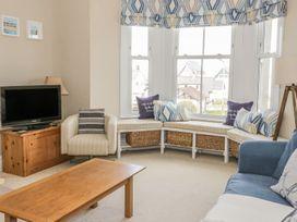 1st Floor Flat at Wylfa - Anglesey - 993469 - thumbnail photo 3